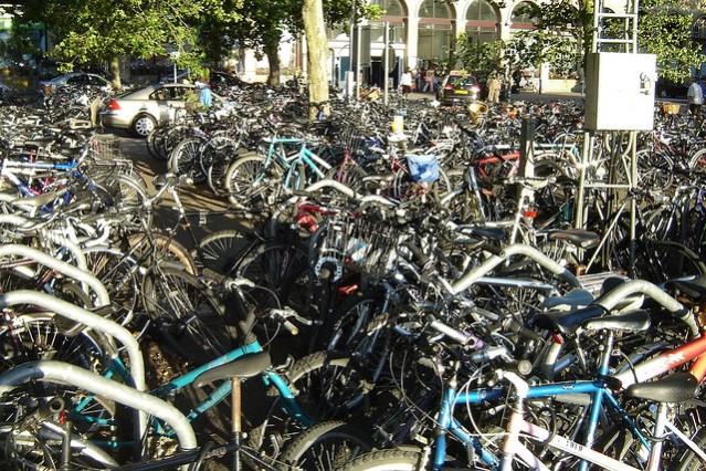 Lots_of_bikes